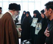 رهبر انقلاب با خانواده دو شهید اغتشاشات خیابان پاسداران دیدار کردند